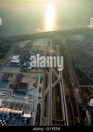Los Angeles International Airport, LAX, runway, Los Angeles, Los Angeles County, California, USA - Stock Photo