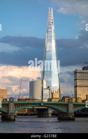 London, UK. 23rd May 2016. Evening sun  in London on the river Thames after a warm day in the capital. Credit: - Stock Photo