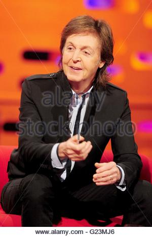 Embargoed to 0001 Tuesday May 24 File photo dated 17/10/13 of Paul McCartney who has revealed he started drinking - Stock Photo