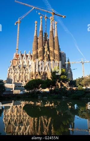 The Sagrada Familia Cathedral By Antonio Gaudil, Barcelona, Catalonia, Spain. - Stock Photo