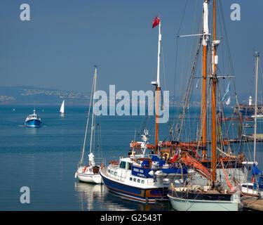 GB - DEVON: Boats at Brixham Quay - Stock Photo