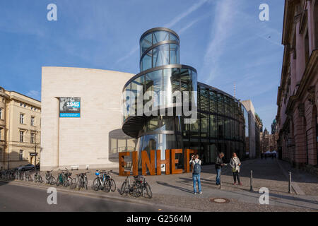 New building of the DHM Deutsches Historisches Museum, German historical museum, architect Ieoh Ming Pei, Unter - Stock Photo