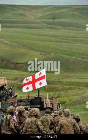 Tbilisi, Georgia. 24th May, 2016. Soldiers are seen on the last day of the live-fire phase of the three-week long - Stock Photo