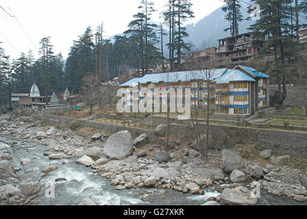 Hotel beside Beas river, Manali, Himachal Pradesh, India - Stock Photo