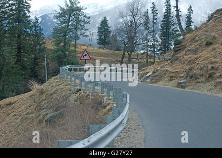 Beautiful Himalayan road of Manali to Leh, towards Rohtang Pass, Manali, Himachal Pradesh, India - Stock Photo