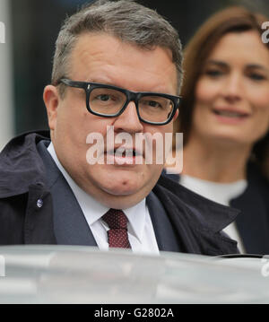 London, UK, 13th Sep 2015: Tom Watson deputy leader of the Labour Party seen leaving the BBC Andrew Marr Show at - Stock Photo