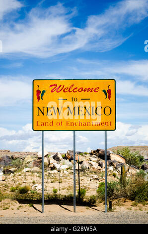 highway sign welcoming visitors to New Mexico, US 160, 4 corners area - Stock Photo