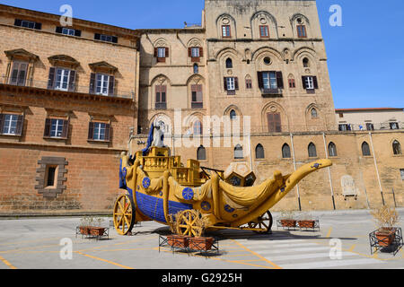 Festival cart of city patron, Santa Rosalia, in front of Palazzo dei Normanni  in Palermo, Sicily, Italy - Stock Photo