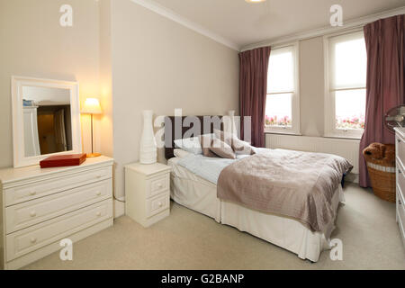Walden House, Marylebone High Street. Bedroom With Traditional, Neutral  Toned Furniture And Large