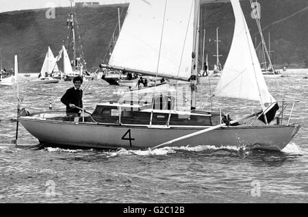 AJAX NEWS PHOTOS.1974. PLYMOUTH, ENGLAND - ROUND BRITAIN RACE - ROWING TO THE START. THE YACHT SKOL HEADS TOWARD - Stock Photo