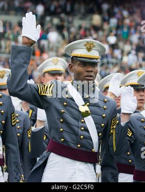 West Point Cadet Alix Idrache takes the oath during the 2016 commencement ceremony at the West Point Military Academy - Stock Photo