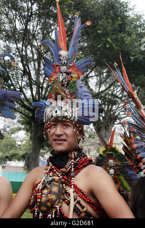 Lima, Peru. 27th May, 2016. A dancer of the 'Dance of the Tulumayos' participates in the launching of 'San Juan - Stock Photo