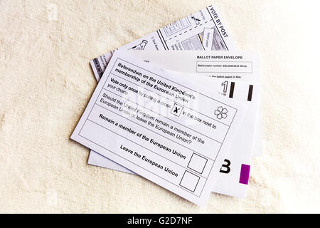 UK postal ballot papers arrive to households in England 28/05/2016 to vote on the referendum on the United Kingdom's - Stock Photo