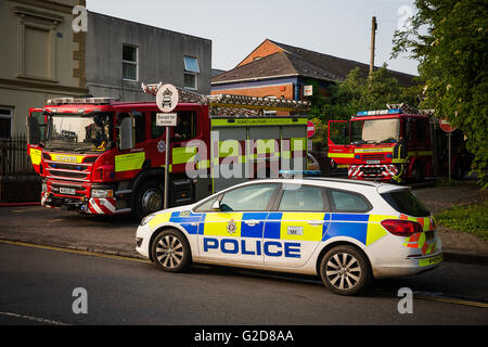 Salisbury, UK. 28th May, 2016. Fire and Police attend the fire which prevented the Flying Scotsman leaving Salisbury - Stock Photo