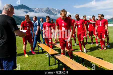 Kranzach, Austria. 28th May, 2016. Czech national soccer team players posing for the photographers during the training - Stock Photo