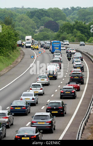 Warwickshire, England, UK. 30th May, 2016. Bank holiday traffic on the southbound M40 motorway is reduced to two - Stock Photo