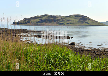 Davaar Island at the mouth of Campbeltown Loch off the east coast of Kintyre, in Argyll and Bute, Scotland - Stock Photo