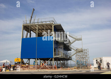 JANUARY RJ DE JANEIRO - 05/30/2016: STRUCTURE FOR OLYMPICS RIO 2016 - TV studios of Vista being built on the sand - Stock Photo