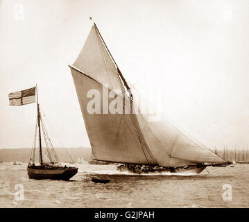 Racing yacht 'Vigilant', winner of the America's Cup in 1893. The photo might have been taken at Cowes, Isle of - Stock Photo