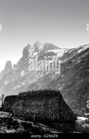 Teito, Arroyo de los Lagos, Parque Natural de Somiedo, Asturias, Northern Spain. Black and white. - Stock Photo