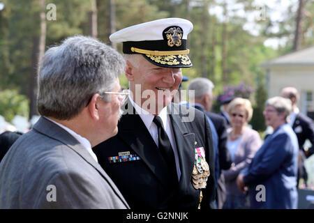 2016 American Memorial Service UK : VADM James G. Foggo III Commander US 6th Fleet & ABMC Superintendent Craig Rahanian - Stock Photo