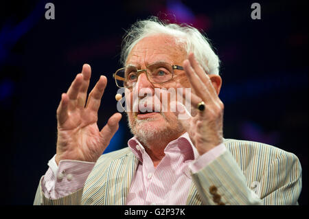 Shakespearian scholar Stanley Wells speaking on stage at Hay Festival 2016 - Stock Photo