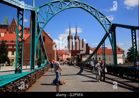 Cathedral Bridge Most Tumski, Cathedral island, Wroclaw, Silesia, Poland, Europe - Stock Photo