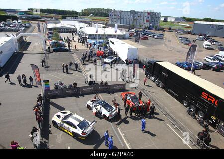 Silverstone Circuit, Northants, UK. 15th May, 2016. Blancpain Endurance motor racing series. The race Paddock © - Stock Photo