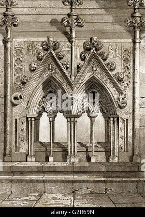 Grave at the Salisbury Cathedral, or Cathedral Church of the Blessed Virgin Mary, Salisbury, England - Stock Photo