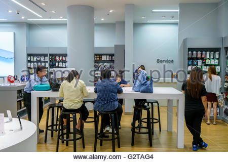 Apple Store Information Desk   Stock Photo Amazing Pictures