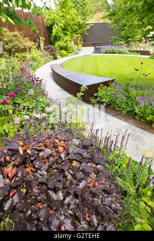 The chelsea barracks garden by jo thompson rhs chelsea flower show stock photo royalty free - Chelsea flower show gold medal winners ...
