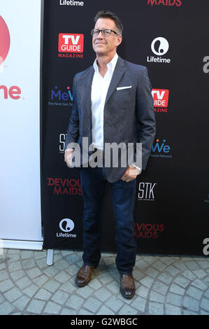Los Angeles, CA, USA. 2nd June, 2016. 02 June 2016 - Los Angeles, California - James Denton. ''Devious Maids'' Season - Stock Photo