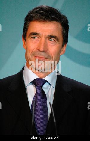 der daenische Ministerpraesident Anders Fogh Rasmussen - Presseunterrichtung vor Gespraech mit BKin Merkel im Bundeskanzleramt - Stock Photo