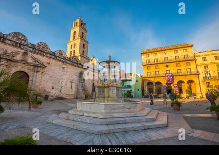 Plaza de San Francisco de Asis, La Habana Vieja (Old Havana), UNESCO World Heritage Site, Havana, Cuba, West Indies, - Stock Photo