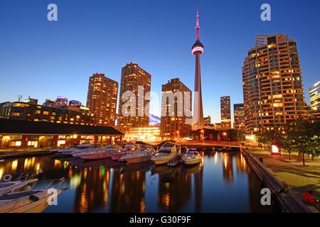 Toronto, Night view skyline, Canada