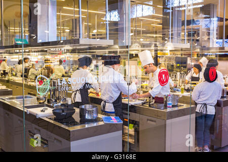 Kitchen School in Florence Italy - Stock Photo