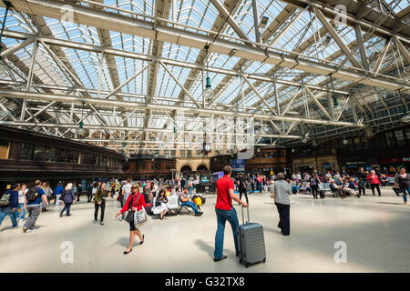 busy public concourse at Glasgow Central Station in Glasgow United Kingdom - Stock Photo