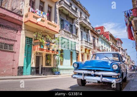 Vintage classic american car in Havana, Cuba - Stock Photo