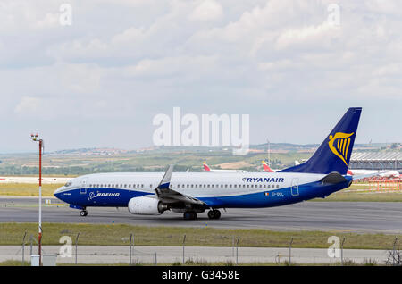 Airliner -Boeing 737-, of -Ryanair- airline (Dreamliner Livery), is going direction to runway, ready to take off - Stock Photo