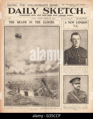 1916 Daily Sketch front page French aeroplane bursts into flames and Henry Kenny and Arthur Kilby are awarded the - Stock Photo
