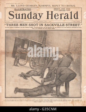 1916 Sunday Herald front page Three men shot in Sackville Street during Easter Uprising - Stock Photo
