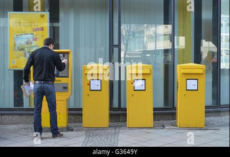Briefkaesten, Schlossstrasse, Steglitz, Berlin, Deutschland / Briefkästen - Stock Photo