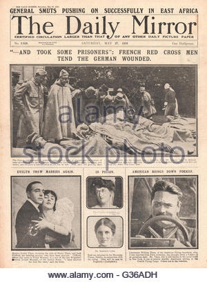 1916 Daily Mirror front page French Red Cross tend wounded German soldiers - Stock Photo