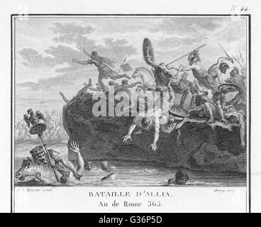The Gauls defeat the Romans in battle on the River Allia.        Date: 16 July 390 BC - Stock Photo