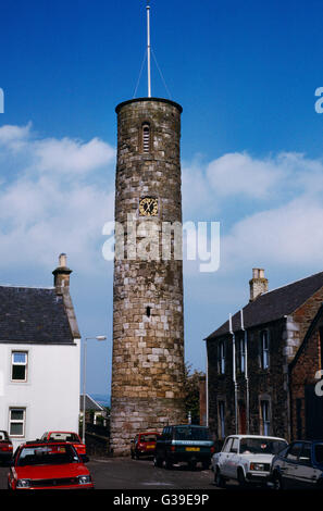 C11th free-standing round tower of Irish style in Abernethy churchyard, Perthshire: 22m high, rebuilt on 12 course - Stock Photo