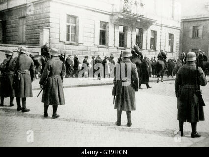 Hitler Putsch, Munich Putsch or Beer Hall Putsch - took place in 1923. Troops in the streets of  Munich at the end - Stock Photo