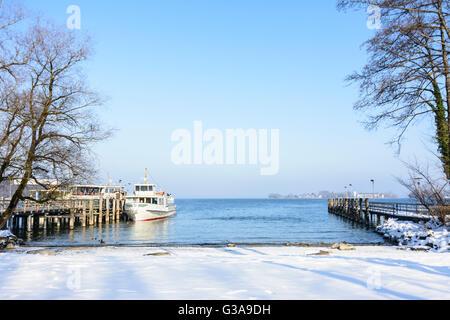 lake Chiemsee: island Herrenchiemsee: Passenger ship and look to the Fraueninsel, Germany, Bayern, Bavaria, Oberbayern, - Stock Photo