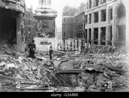 Blitz in London -- bombing near the Monument in the City.      Date: circa 1940 - Stock Photo