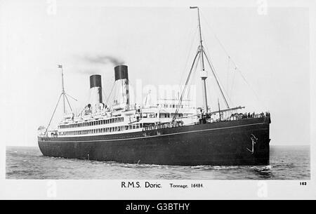 RMS Doric (or SS Doric), White Star Line cruise ship, at sea.      Date: circa 1920s - Stock Photo