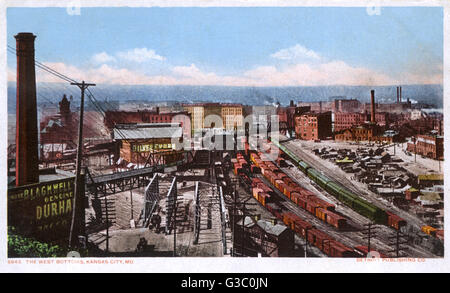 View of the West Bottoms, an industrial area in downtown Kansas City, Missouri, USA.      Date: 1905 - Stock Photo